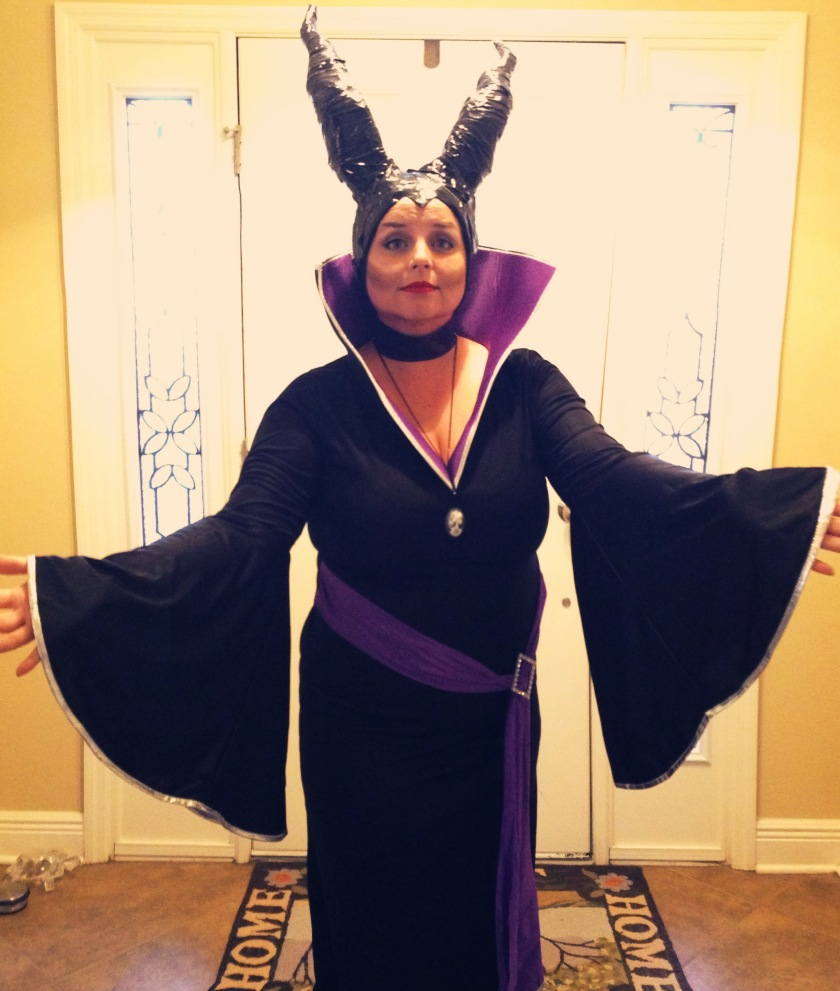My completed Maleficent Costume.